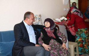 Başkan Işık, yılın annesini ziyaret etti