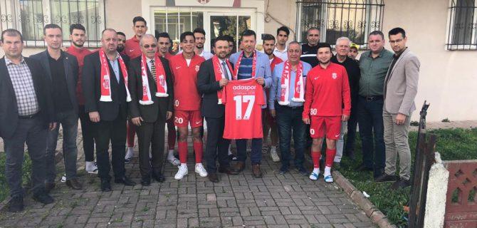Gökhan Gür'den Adaspor'a maç Yemeği