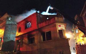 Biga'da metruk binada çıkan yangın korkuttu