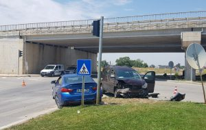Trafik Işıklarına Rağmen Bu Kavşakta Kaza Bitmiyor