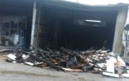 Biga'da mobilya dükkânı alev alev yandı