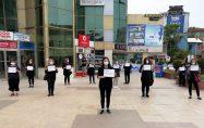 Biga CHP'liler 'kadın cinayetlerini' protesto etti