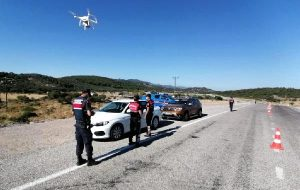 Jandarmadan dron ile trafik denetimi