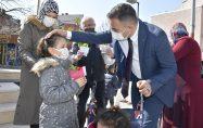 Başkan Erdoğan'dan Kadınlara 8 Mart Çiçeği